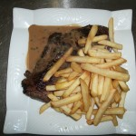 hampe sauce au poivre frites